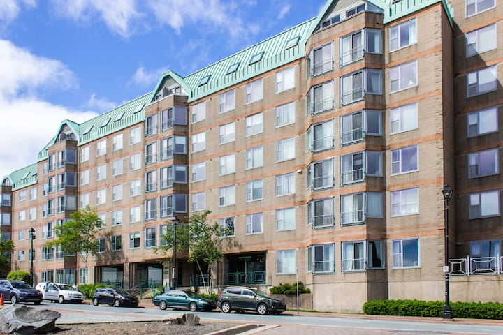 1 Bed Condo Downtown On The Halifax Harbour