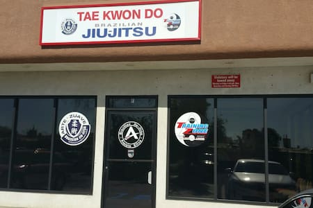 Martial Arts Kickboxing Fitness Gym - Yucaipa