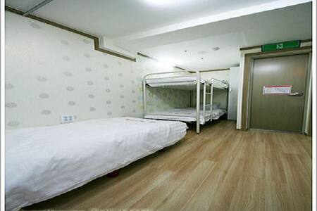 1 bed dormitory for 3 female(1)
