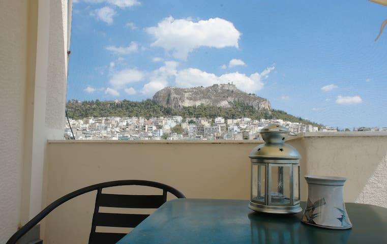 "A ""Poets' place"" in Athens center, amazing view"