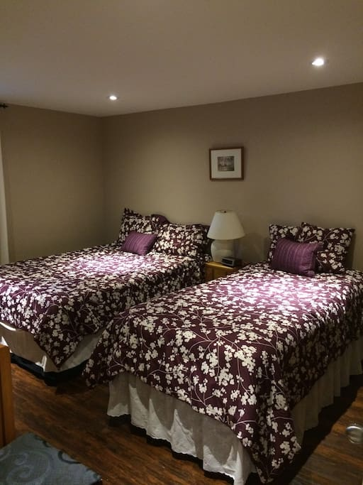 Bedroom, 1 double bed, 1 single bed