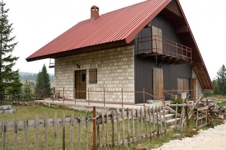 Large comfortable house in Zabljak with 4 bedrooms - Žabljak - House