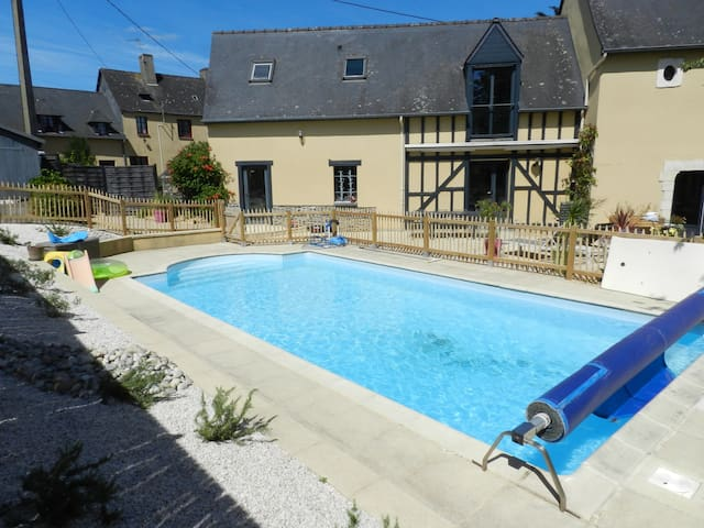Typical breton renovated farm - swimming pool