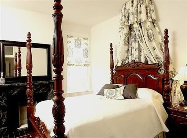 East India Tea Company Suite - Norfolk - Bed & Breakfast