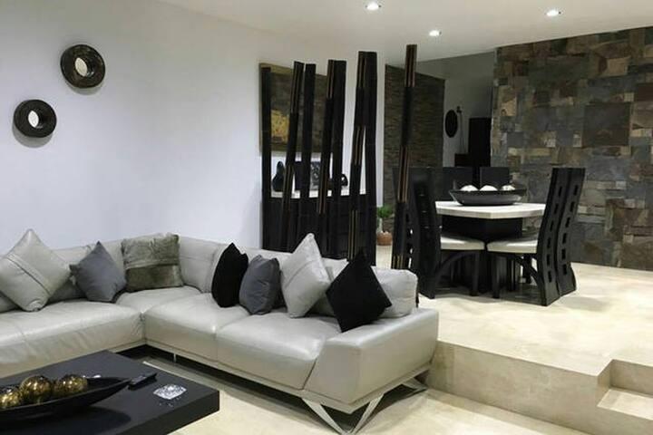 Habitaciones en casa de lujo - Guadalajara