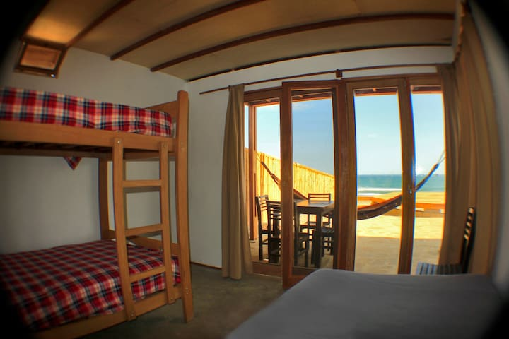 Room 3 La Vista Eco-House - Lobitos District - Hus