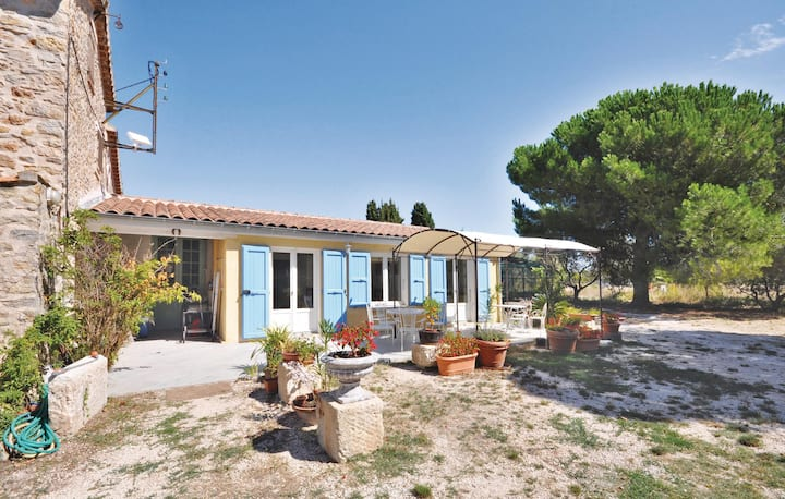 Semi-Detached with 2 bedrooms on 52m² in La Garde
