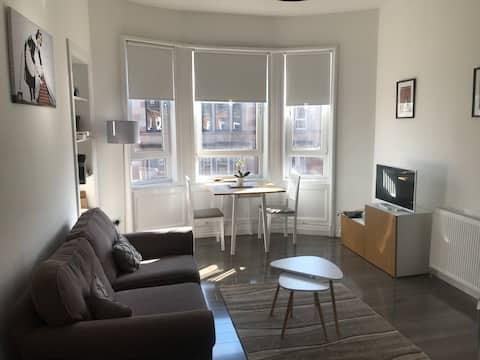 Fabulous flat in the heart of Hampden