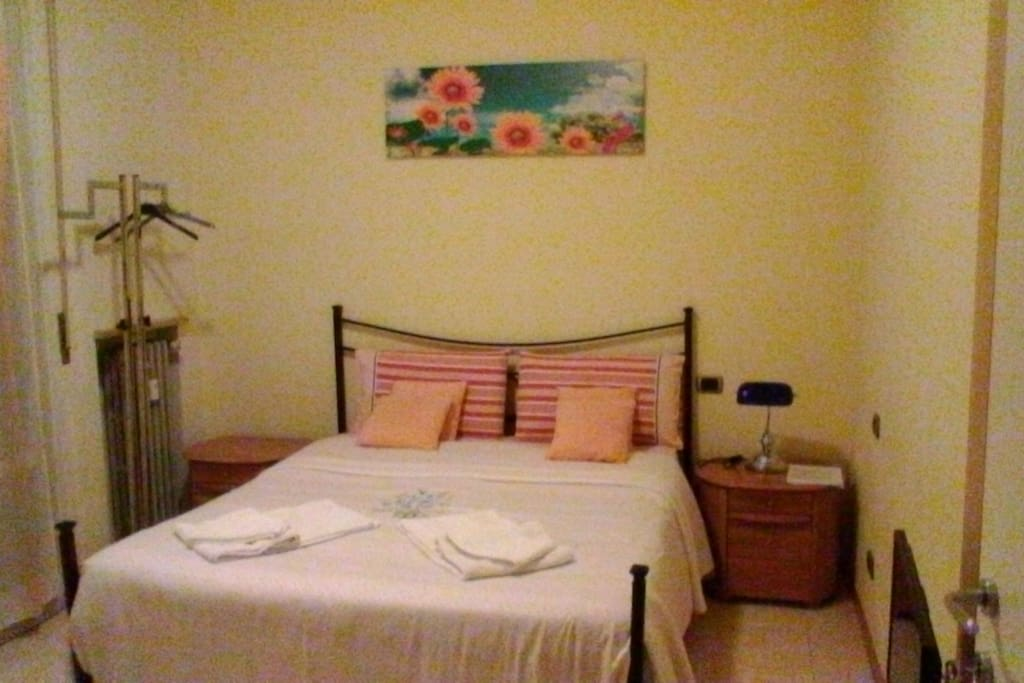 dolce vita chambres d 39 h tes louer v rone v n tie. Black Bedroom Furniture Sets. Home Design Ideas