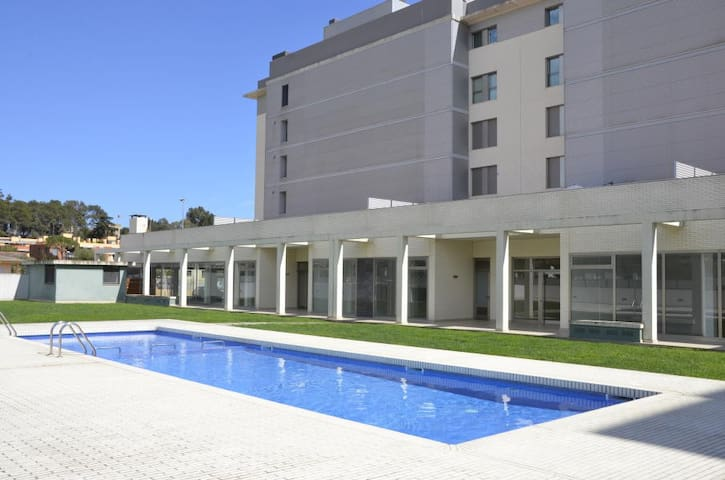 2337 - AB Sant Antoni Calonge II - Beautiful Apartment in Costa Brava with a Large Private Terrace and a Communal Pool