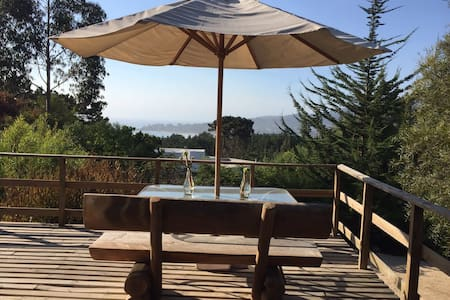 Cachagua, hermosa vista en exclusivo condominio - Cachagua - Cabin