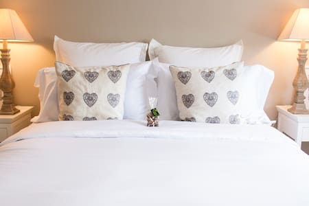 Stow House Boutique Rooms Room 3
