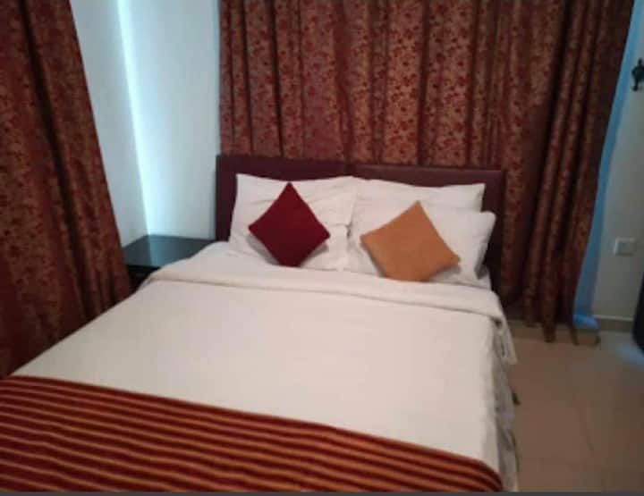 Private bedroom in a fully furnished serviced apt