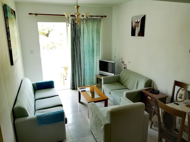 One bedroom flat in Paphos in Kato Paphos