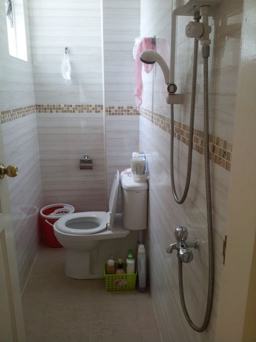 Bathroom next to the room