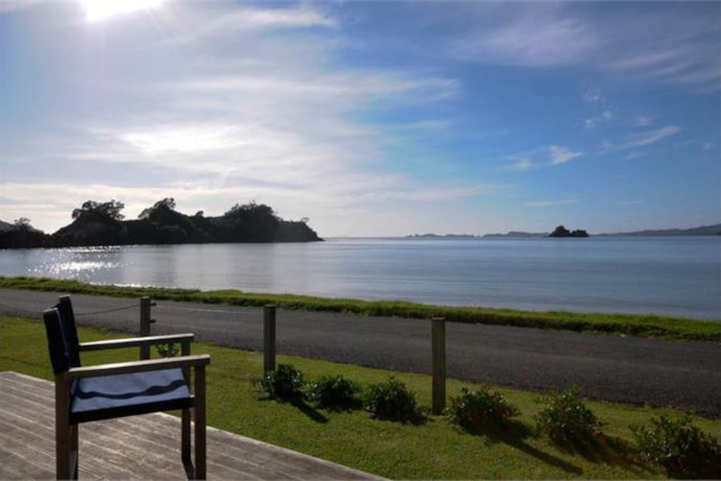 Fabulous views to the beach and bay