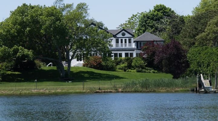 Stately Waterfront Home Westhampton