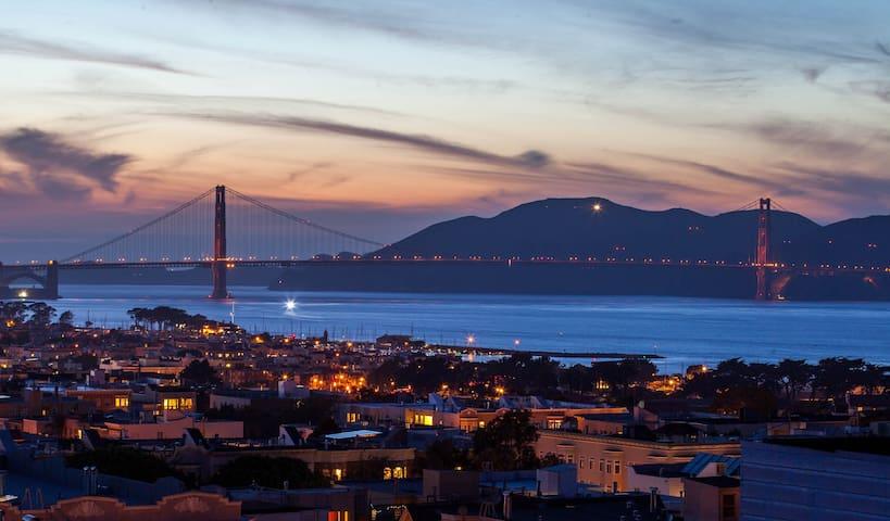 Amazing Golden Gate Views w/Parking