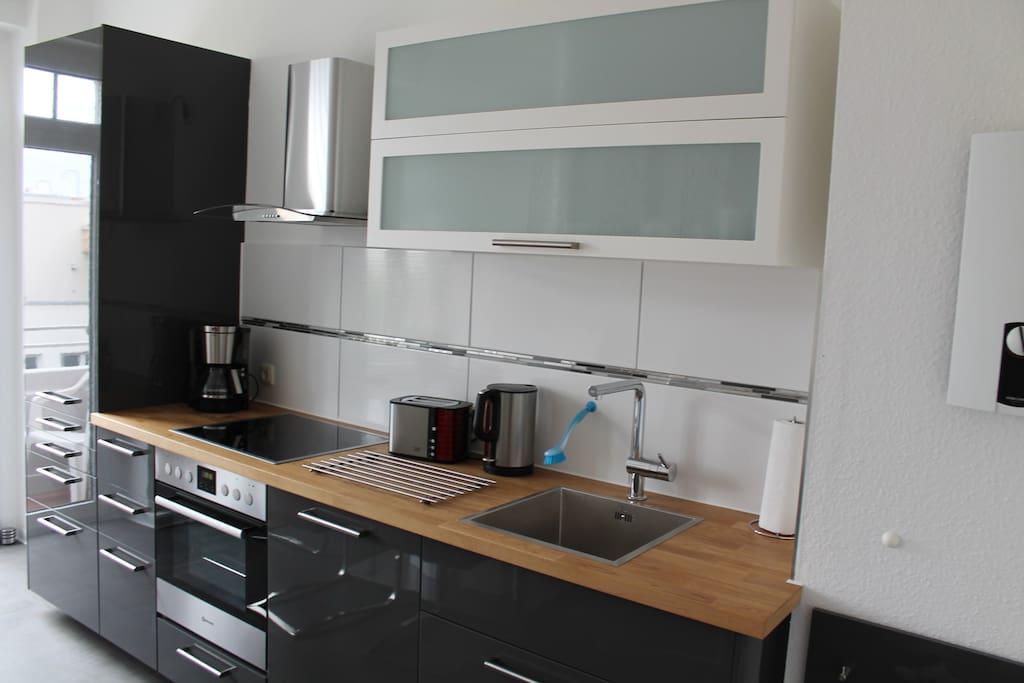 ferienwohnung adalbert im 3 og erfurt th ringen. Black Bedroom Furniture Sets. Home Design Ideas