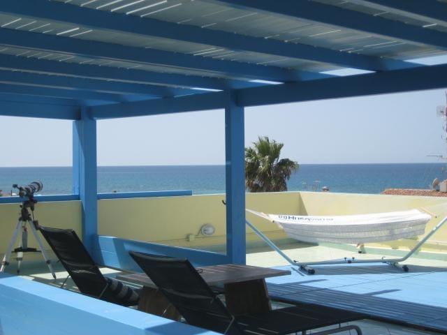 stupenda terrazza sul mare - San Giovanni di Sinis - Lägenhet