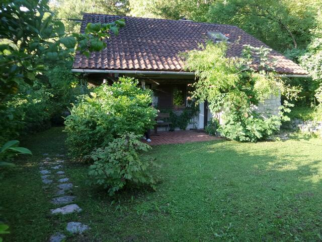 Wonderful house and garden on Kolpa - Dol - House