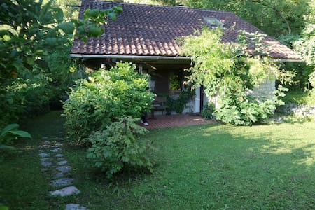 Wonderful house and garden on Kolpa - Dol