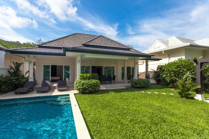 Comfortable and Liberate Private Villa with Pool
