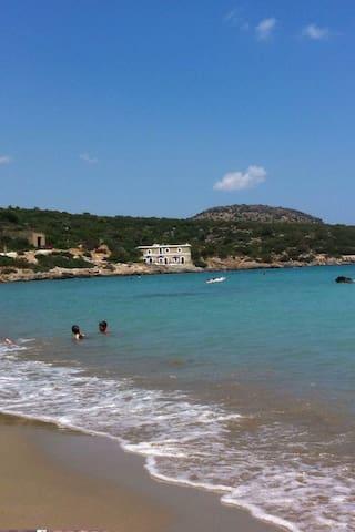 Ground Floor beach house in Creta