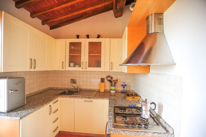 2 bedroom cottage Gaiole in Chianti - Loc Montebuoni - House