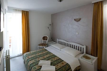 Deluxe room for two - Križine - 公寓
