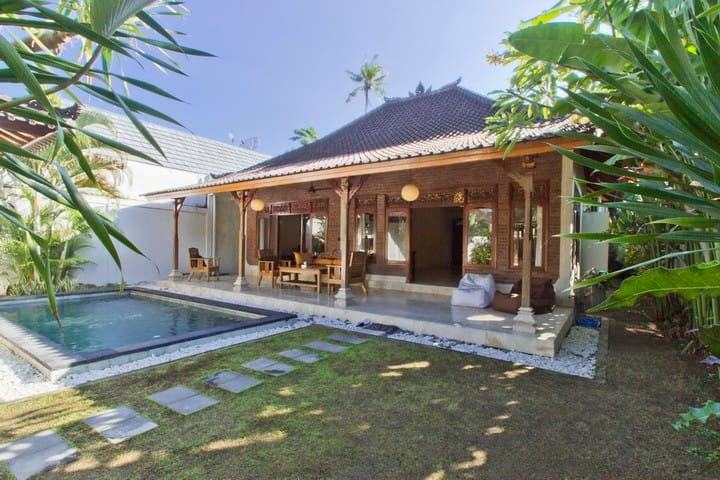 Villa Pondok Kubu central location - Kuta - Vila