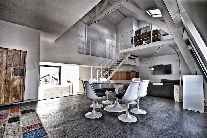 Luxe penthouse
