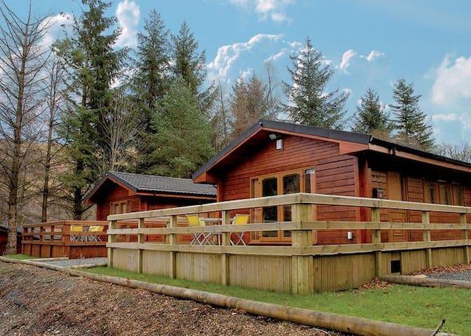 Loch Side Cabin 380428 - Ardlui - Cabin