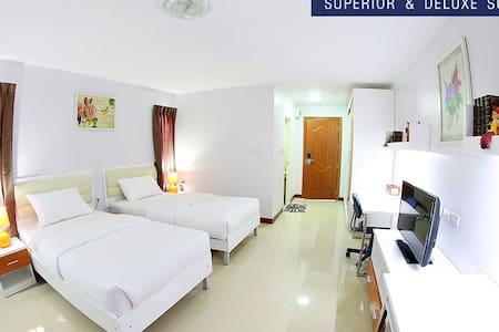 Bundit Castle Room near Mahidol U. - Tambon Salaya