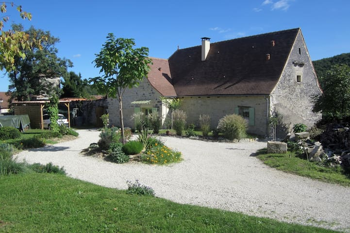 Ancien presbytère - Saint-Medard - Bed & Breakfast