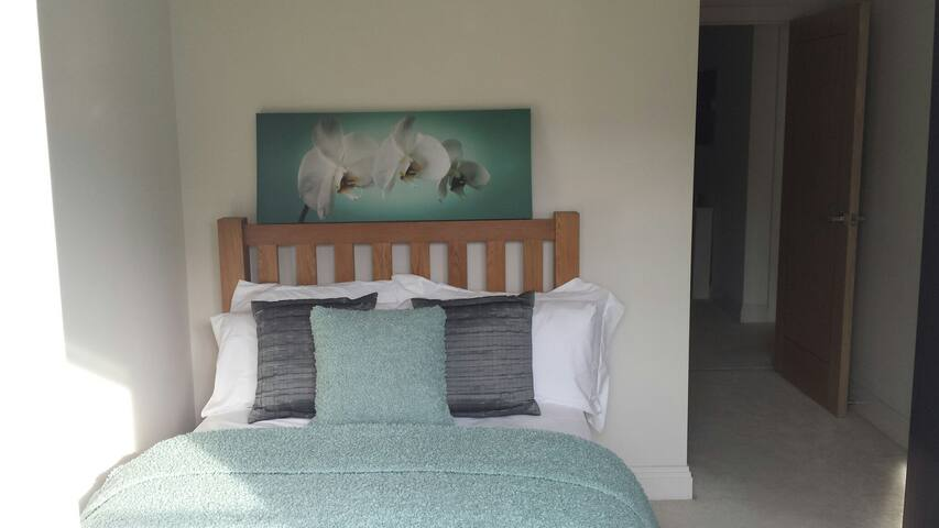 Private Double Room & Ensuite - Worthing - Huoneisto