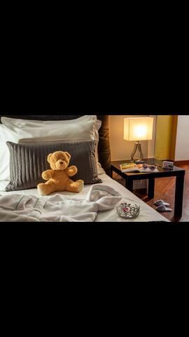 Bellissima camera indipendente bed breakfast in for Aggiunta stanza indipendente