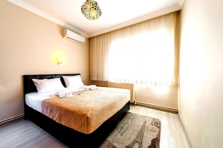 Two Bedroom Apart. for 6 Pax in Sultanahmet