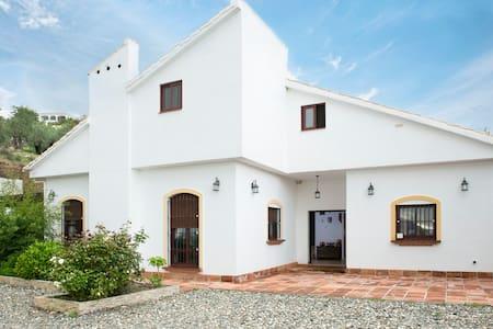 Casa Rural en Sierra de las Nieves - Alozaina