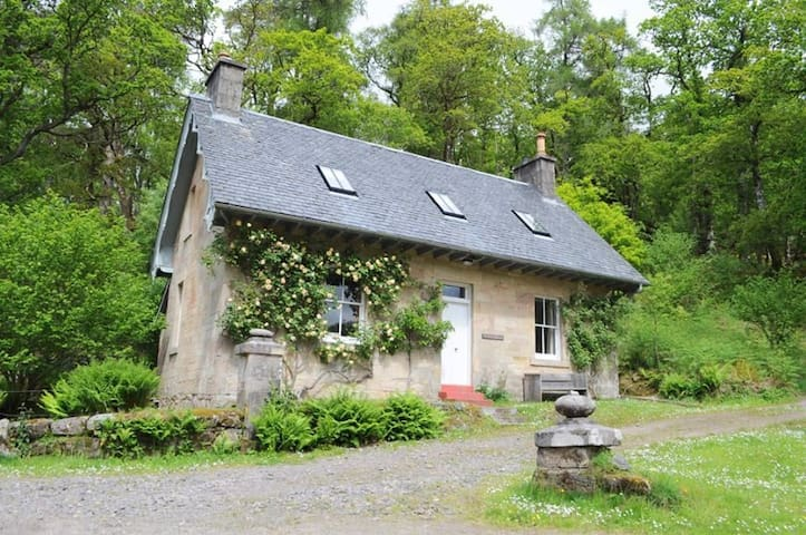 Romantic West Coast Cottage 377394 - Ardtornish - Casa