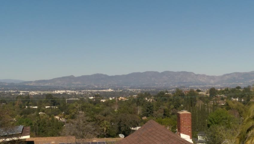 Perfect LA location! Private, central, fab views - Los Angeles - Maison