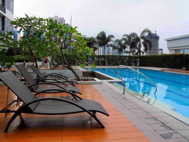 Lovely & Cozy, Best Location at BGC, Taguig - Bonifacio Global City  - Apartamento