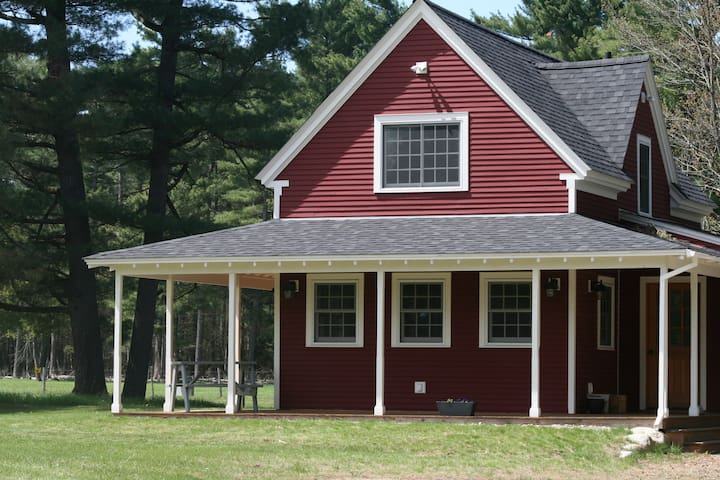 The Emerson House at Asgaard Farm - Au Sable Forks - Hus