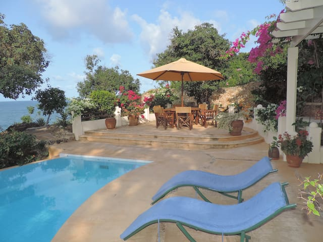 Kilifi -Beautiful ocean front home. Amazing views! - Malindi - Huis
