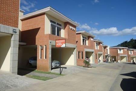 Habitación en Carretera al Salvador - Rumah