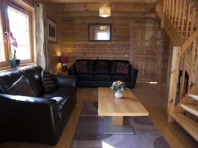 Benview Lodge (PHONE NUMBER HIDDEN) - Stirling - Faház