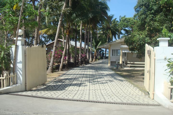 Tahahnan Beach Front Villa - PH - Casa