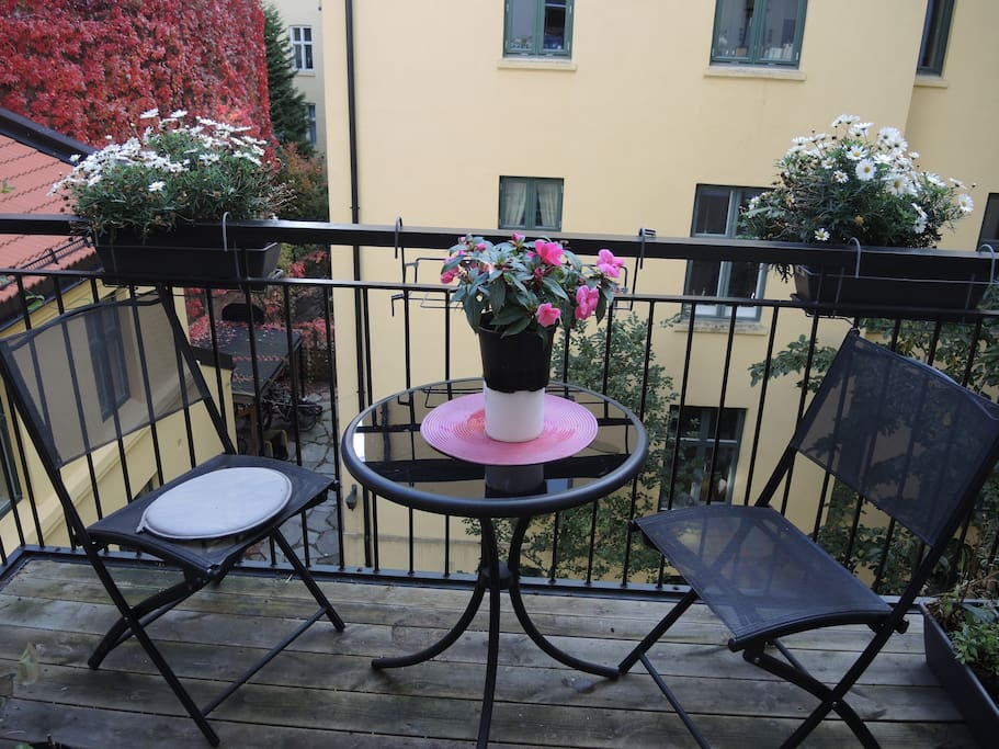The balcony is facing a quiet and cozy courtyard.