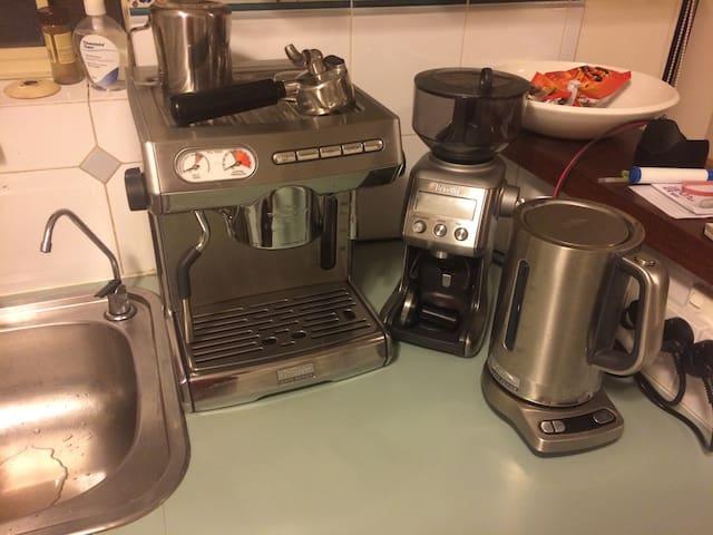 Cafe-quality espresso coffee