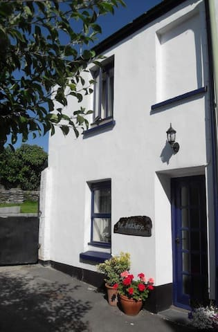 The Deckhouse Cottage - Appledore - Pousada
